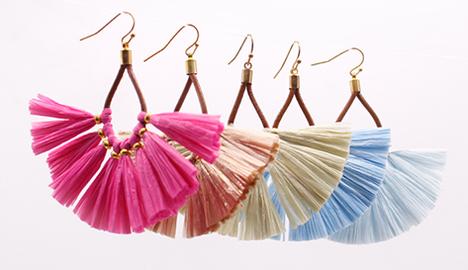 Raffia jewelry