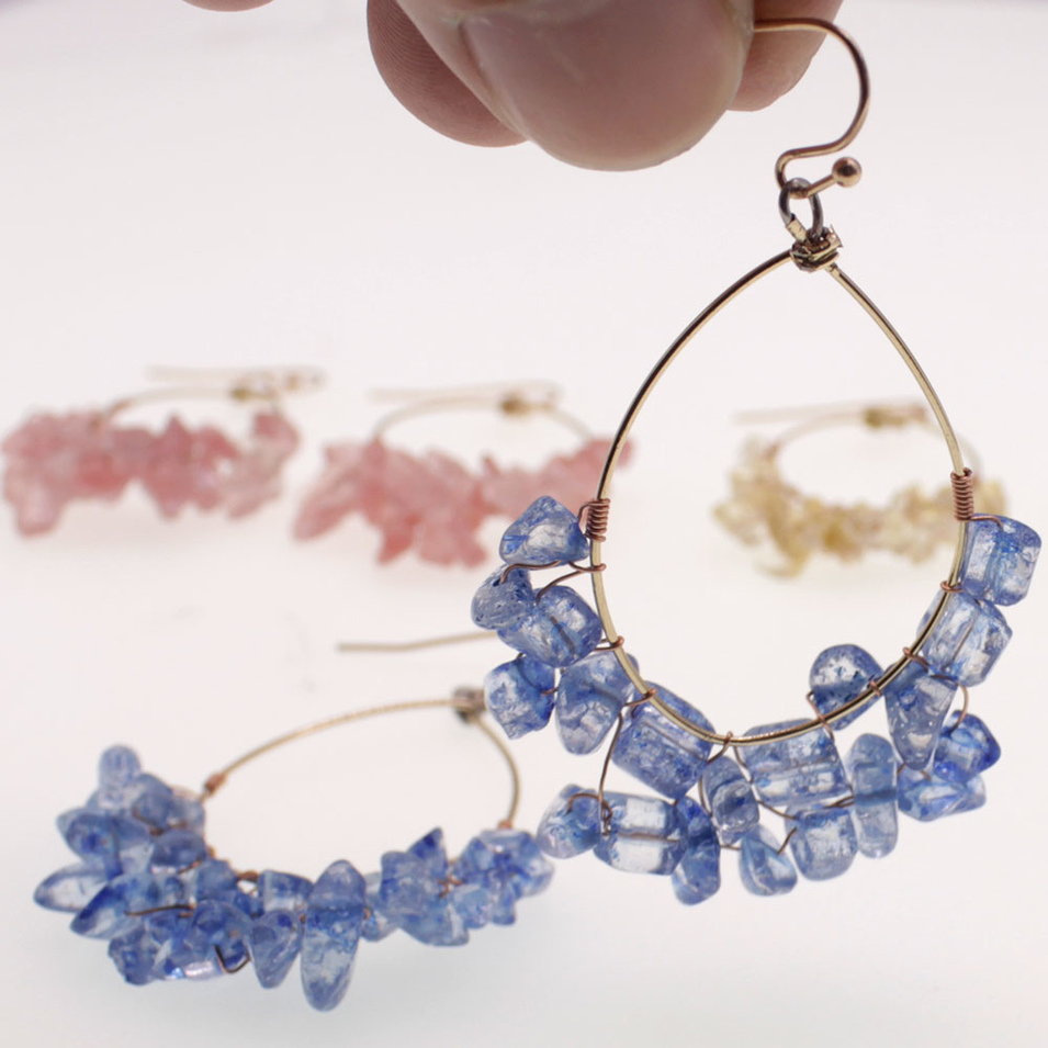 Handmade Crystal Chips Hoop Earrings